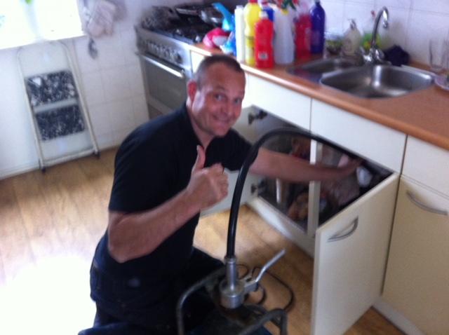 Rioollucht In Keuken : Rioollucht en rioolgeur oplossen akc loodgieter